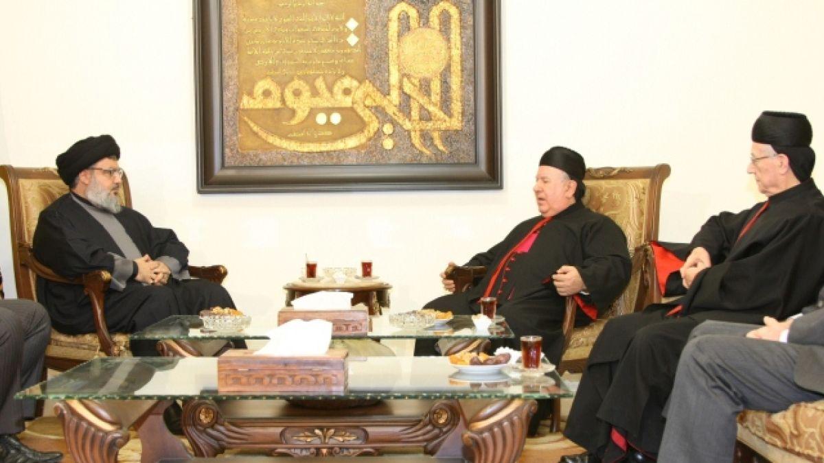 لقاء السيد نصر الله وفدا يمثل البطريرك بشارة الراعي 20-12-2011