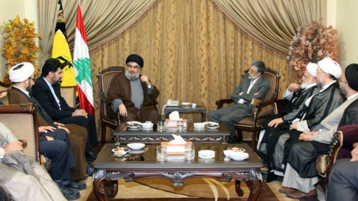 لقاء السيد نصر الله مع وفد إيراني برئاسة حداد عادل 7-6-2011