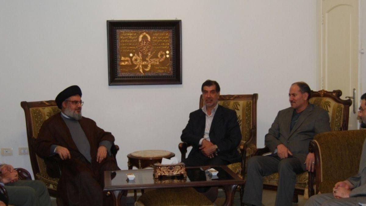 لقاء السيد نصر الله مع وفد إيراني برئاسة باهونار 21-7-2011