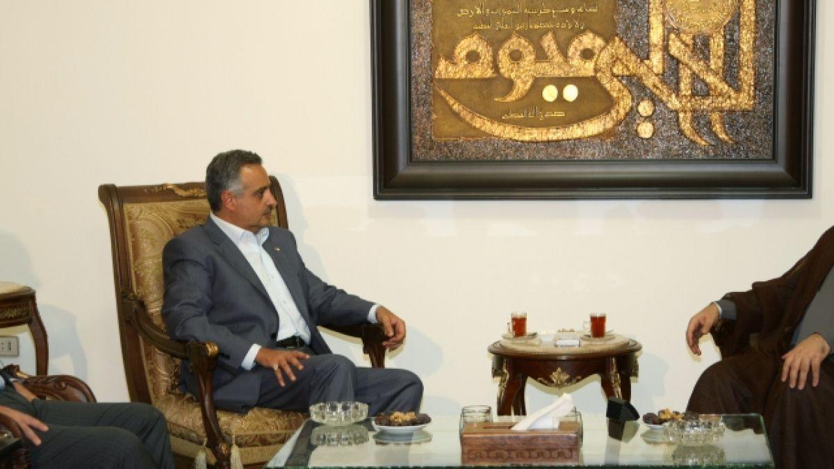 لقاء السيد نصر الله مع النائب طلال أرسلان 29-7-2011